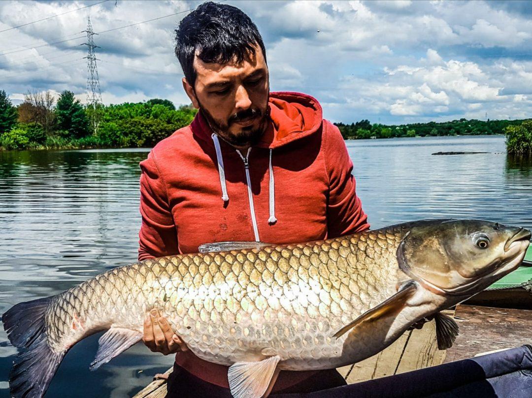 Experienta: Sesiuni lungi de pescuit vanand amuri